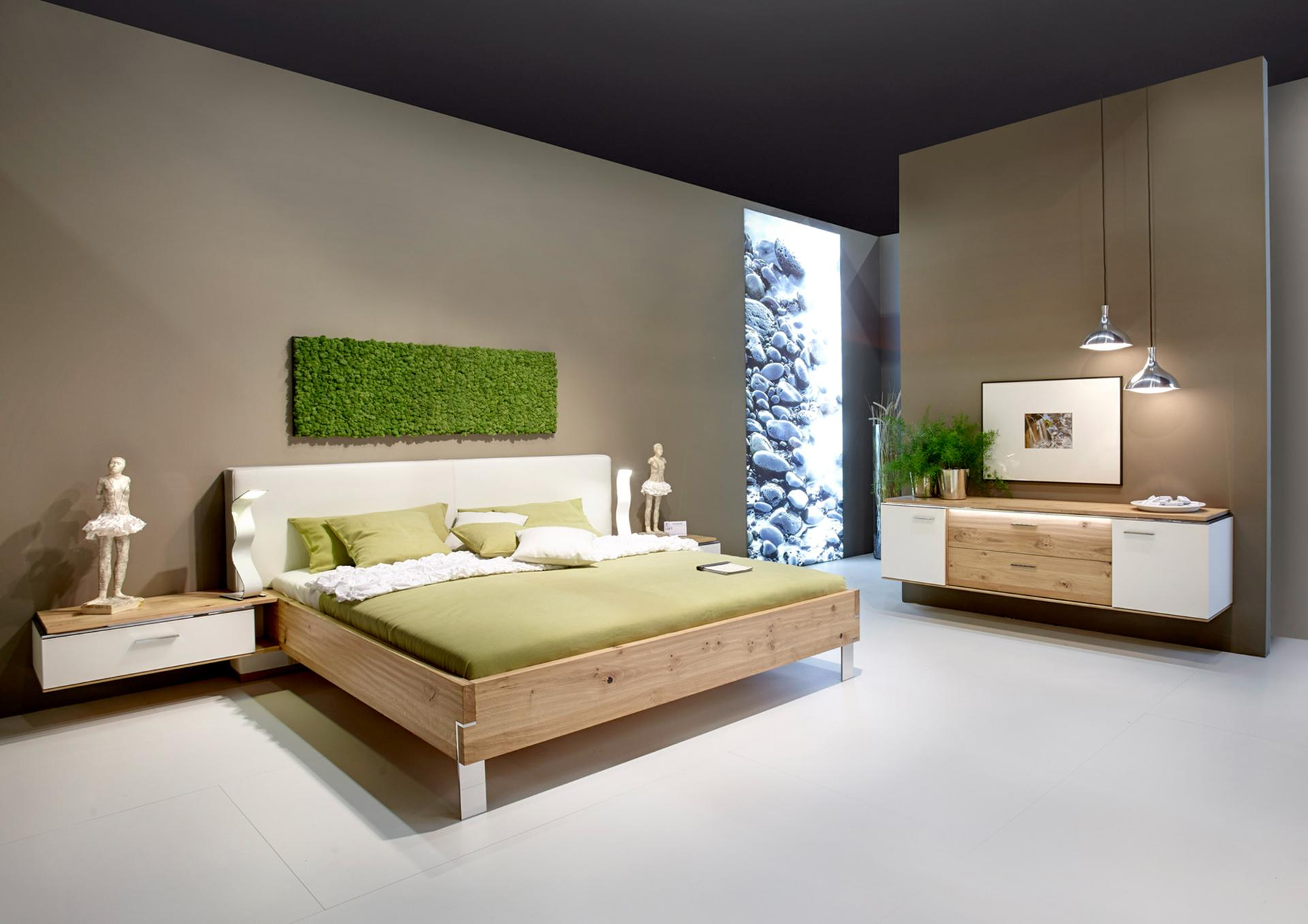 mit farben akzente. Black Bedroom Furniture Sets. Home Design Ideas